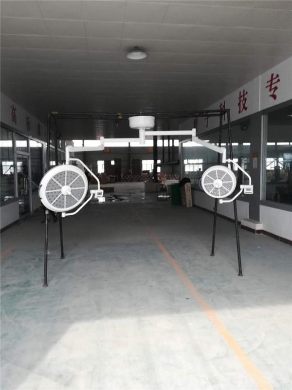 调焦型LED700/500生产实图