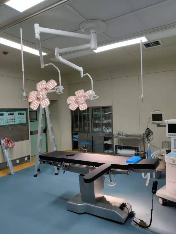 花瓣LED5+5 手术台
